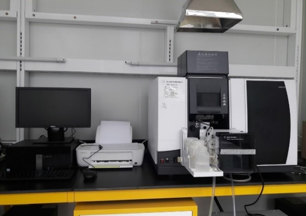 Atomic Absorption Spectrophotometer (AAS) (graphit and Furnace)